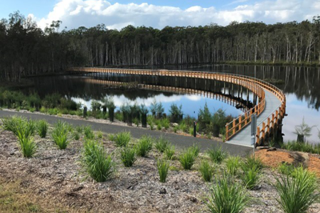 The recycled plastic boardwalk at the Urunga Wetlands. Image credit: Bellingen Shire Council
