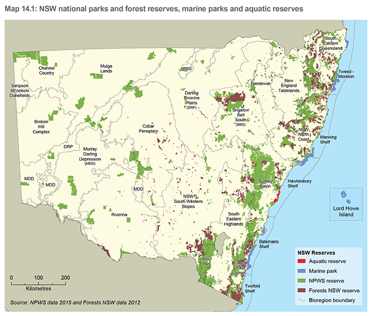 Map of New South Wales showing the distribution of national parks, forest reserves, marine parks and aquatic reserves in place at the end of 2015. Bioregion boundaries are also shown. Refer to the main text for further information